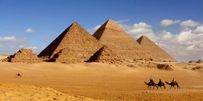 piramida-mesir_20151112_122943